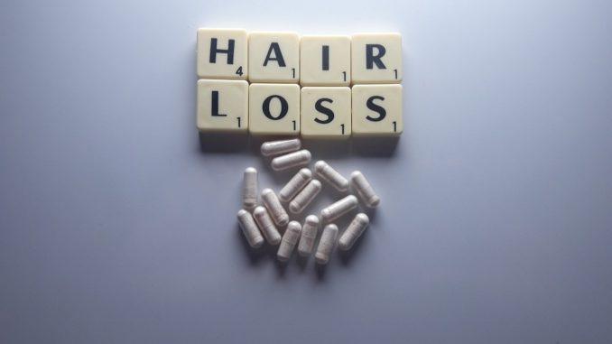 Ursachen für Haarausfall bei Frauen
